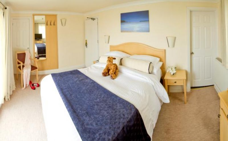 Hotel Penzance - guest accommodation - Room 16