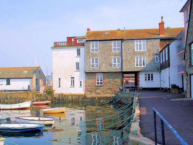 Waterside Property in the Centre of Falmouth