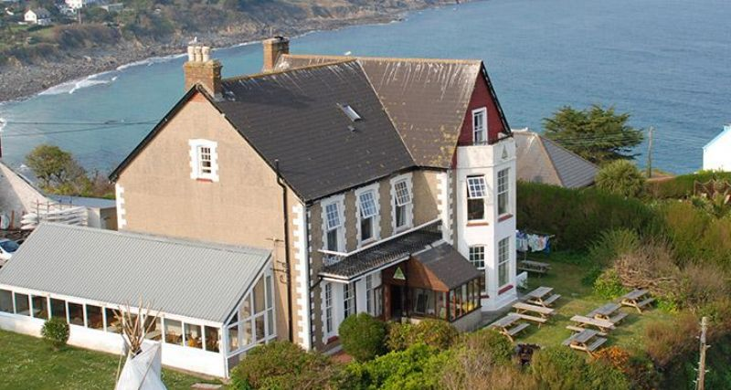Yha Coverack Backpacking Hostels Surf Lodges Glamping