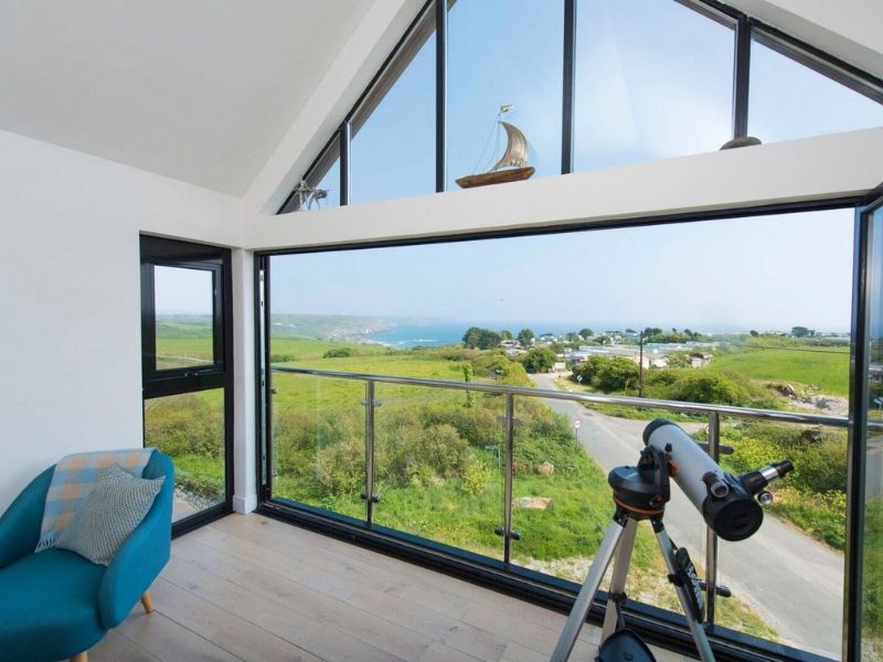 2 bedroom apartment on the Lizard Peninsula