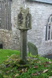 Lantern Head Cross, St Mawgan in Pydar churhyard