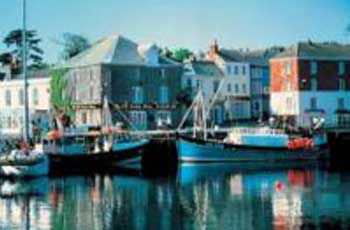 Inn, Pub accommodation in Cornwall. Many pubs and inns around Cornwall offer guest accommodation, inclusive bed and breakfast with the option of their restaurant for lunch and dinner