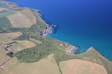 Lundy Hole, Pennywilgie Point and Epphaven Cove on Port Quin Bay