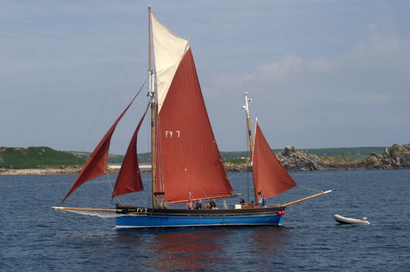 Sailing around the Isles of Scilly