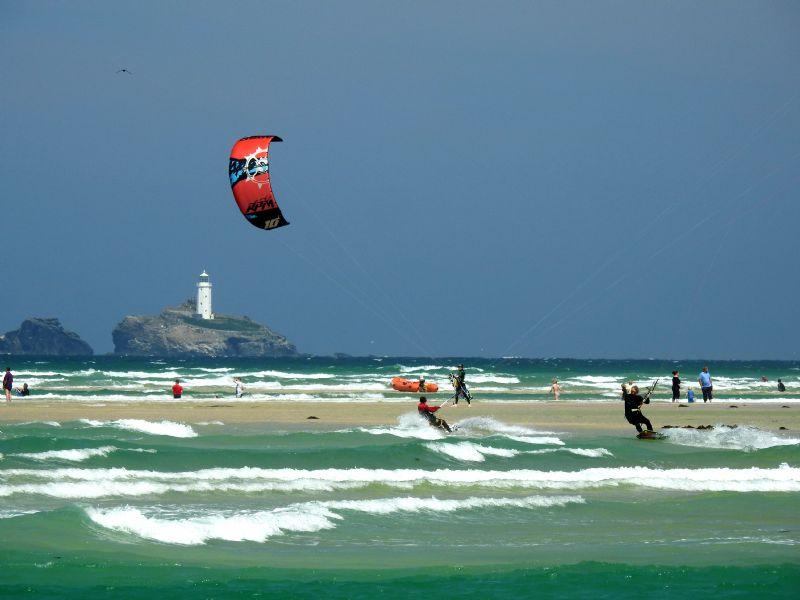 Kitesurfing on the Hayle Estuary