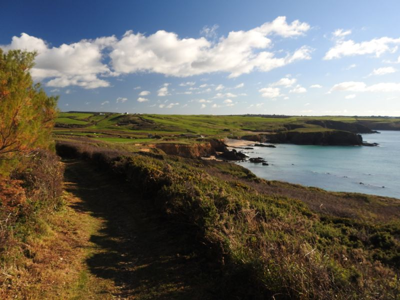 Towards Church Cove at Gunwalloe