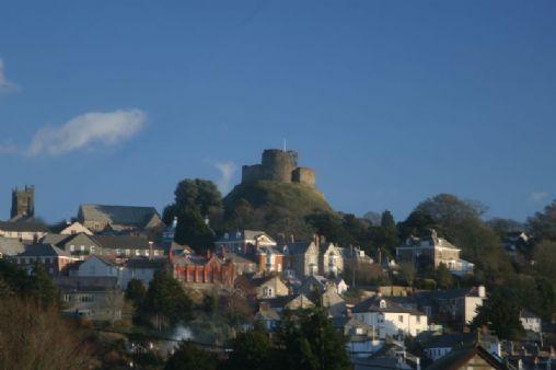 Launceston Cornwall Tourist Guide Amp Map Events