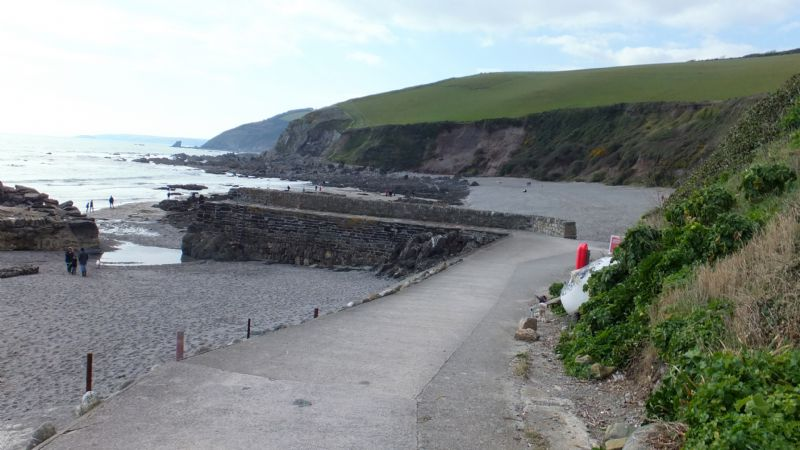 Path to Portwrinkle harbour and Hoodny Cove