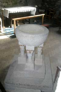 Font in Mawgan in Meneage Church