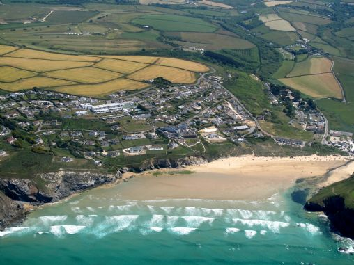 Mawgan Porth Beach Information On Into Cornwall Guide