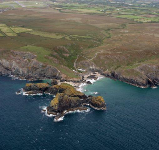 Kynance Cove To Lizard Point Walk Cornwall Coast Path