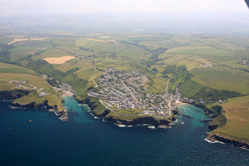 St Endellion coastline