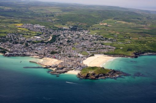 St Ives Beach Information On Into Cornwall Guide